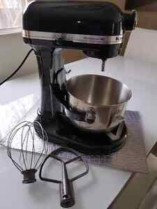 OR BEST OFFER Black $649 Kitchenaid Professional HD Mixer