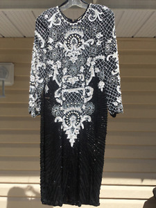 WOW FACTOR!!! - VINTAGE - SHOWSTOPPER!!!  NEW PRICE!!