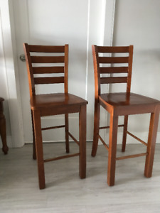 2 Solid Wood Kitchen Counter Top Chairs