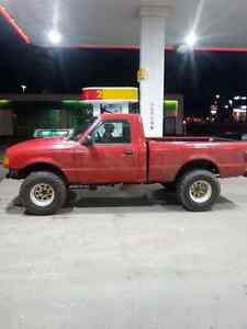 2002 lifted ranger low kms 5speed !!