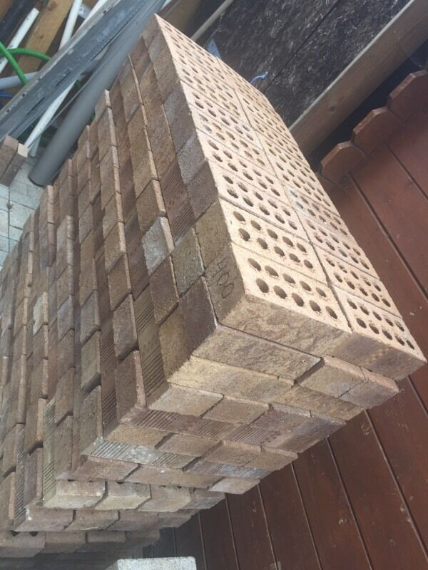 400 new engendered bricks , pick up yourself please