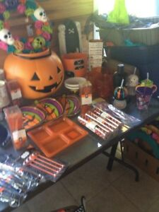 Halloween Tableware and Accessories