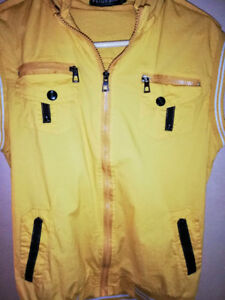 Yellow summer vest with pockets!