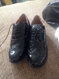 Ladies dress shoes .
