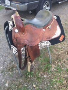 16inch Guffey Barrel Saddle