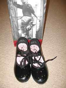 Tap Shoes Capezio girls 3 sizes available