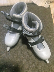 CCM Tyke Adjustable Skates- Size L (sizes 2-4) Peterborough Peterborough Area image 1