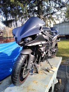 YAMAHA R1 2013 SAME AS 2009 TO 2015 PARTING OUT MATTE GRAY