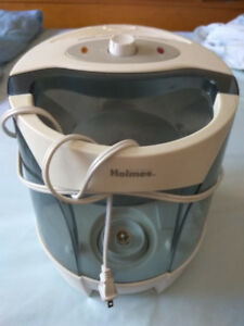Holmes Humidifier HM 5250