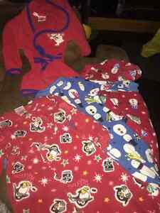 Boys 18/24mth Christmas pj robe shirts slippers mittens