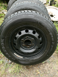 Winter tires on rims 225/70R16
