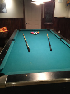 Pool table. Slate.