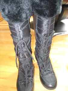Ladies Winter Boots Size 9.5   $ 20.00 Firm NEW CONDITION