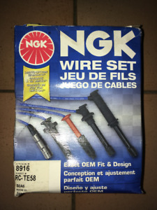 NGK WIRE SET 8916 RC-TE58