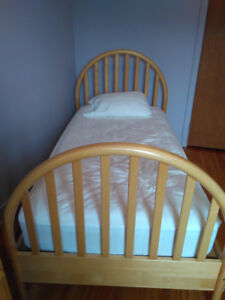 Furniture : Baby or Child maybe Adult Bedroom