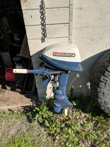 Evenrude 6hp outboard with line and tank