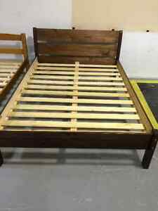 Sleigh platform bed double