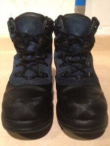 Women's Cougar Winter Boots Size 7 London Ontario image 5