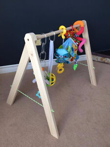 """Grow-with-me"" Baby Gym / Toy Bar"