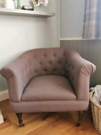 Fabric chair armchair back buttoned lavender
