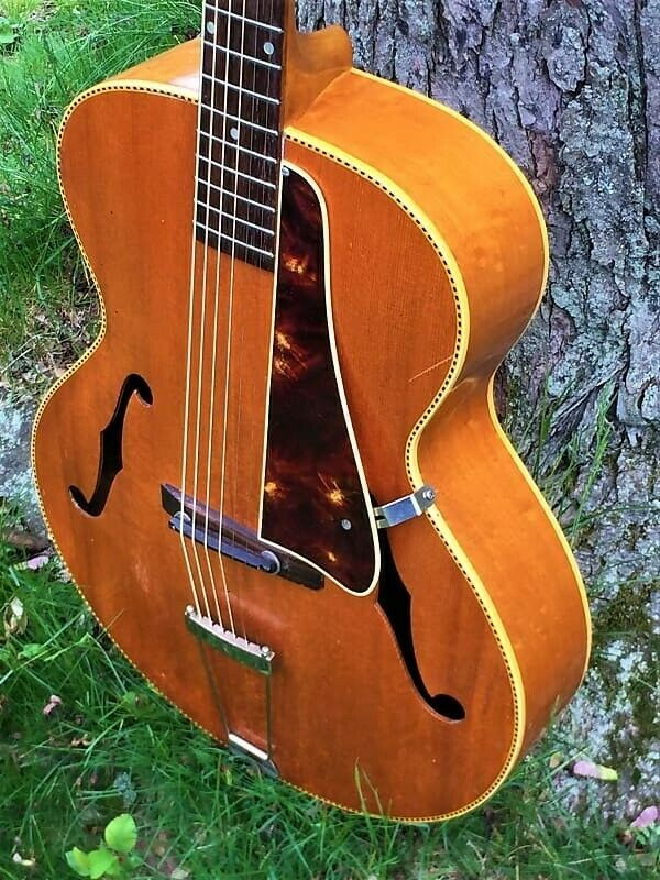Kalamazoo KG-32, Gibson made Archtop, Flame maple blonde