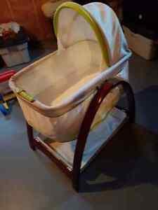 Summer infant motion bassinet