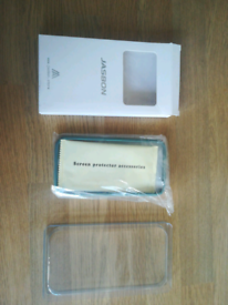 IPhone 11 pro screen protector and case