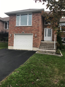 Beautiful house for Rent in family neighbourhood