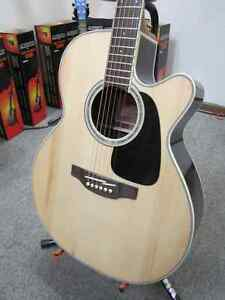 Takamine GN51CE-Natural Great Guitar!