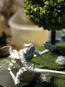 Aragorn minature. Lord of the rings Warhammer Fantasy battle
