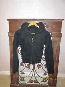 Lululemon hoodie black size 2