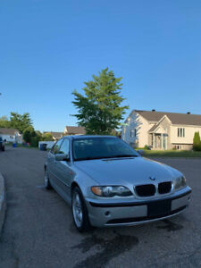 BMW 320i 2004 2500$