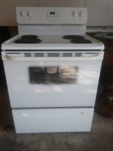 """30"""" Frigidaire Electric coil stove in perfect working condition"""