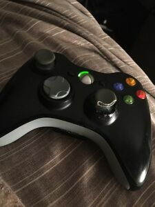 LOOKING FOR XBOX 360 CONTROLLER