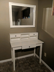 Desk with hutch / vanity and mirror