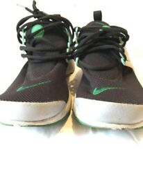Men's Nike worn twice uk size 9 trainers