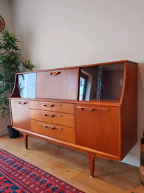 Mid Century teak Jentique sideboard/highboard