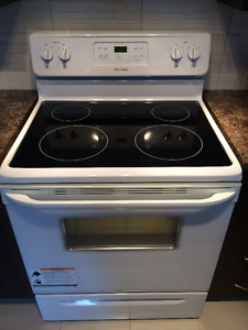 SELF-CLEANING FRIGIDAIRE RANGE