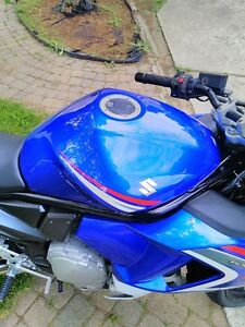 SUZUKI GSX650F 2008 GREAT BEGINER BIKE WITH ONLY 9360 KM ON IT Windsor Region Ontario image 10