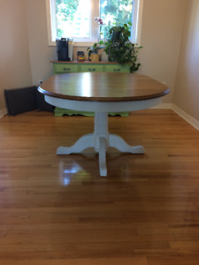 Dining room table - oval solid oak
