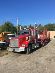 2013 Kenworth T800 HEAVY Spec/  with Log Haul Contract