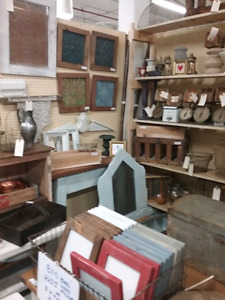 Primatives, antiques, collectibles plus 1000 booths