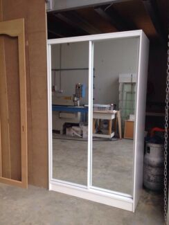 2 mirror sliding door freestanding wardrobe **PICKUP**
