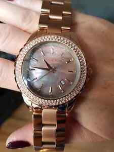 Michael kors mk 5453  watch rose gold mother of pearl crystal