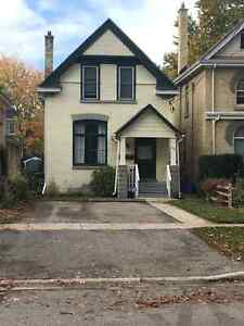 RENOVATED 5 BEDROOM, DOWNTOWN, CLOSE TO CAMPUS, MAY 1ST-2017
