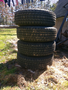 Winter force tires 255/75/17
