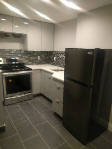 FREE RENT! VERY PRIVATE - Windermere 1BR + DEN MOVE IN READY
