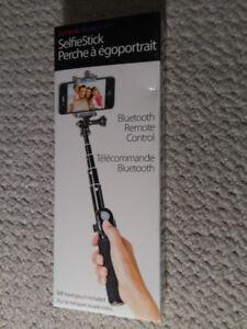 Sunpak Bluetooth Selfie Stick (Brand New)