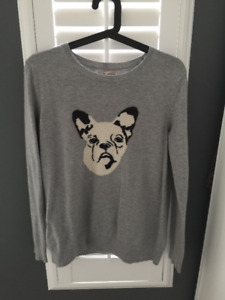 GAP Gray light sweater with dog print nearly new