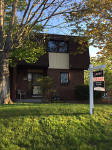 Condo Townhouse in Clayton Park